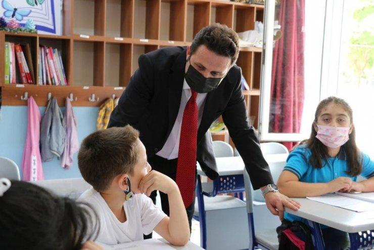 Muğla İl Milli Eğitim Müdürü Emre Çay görevine başladı