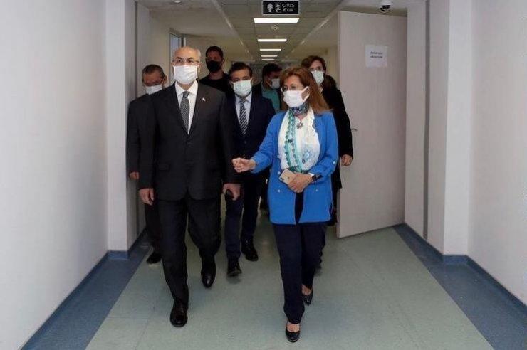 Vali Köşger'den İDÜ Sağlık Bilimleri Fakültesine ziyaret