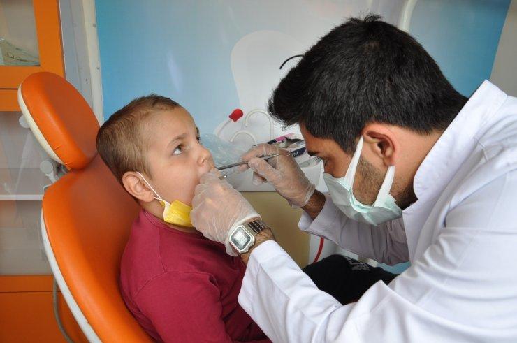 Özel eğitim öğrencilerine diş sağlığı taraması