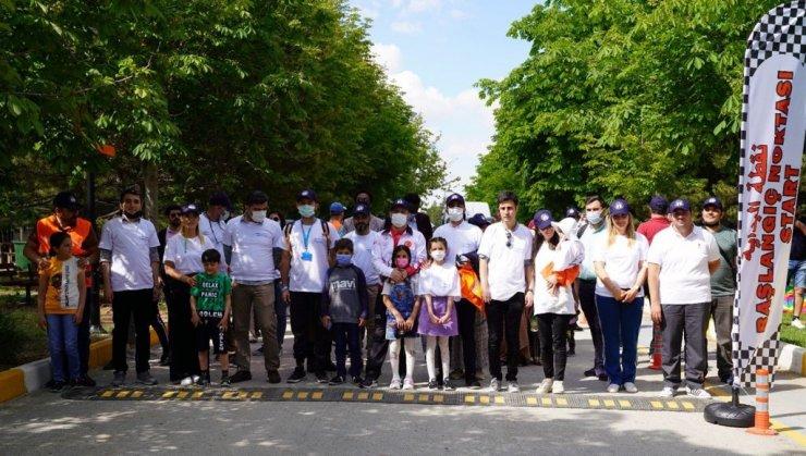 """Başkent'te """"Mülteciler Günü Yürüyüşü"""" düzenlendi"""