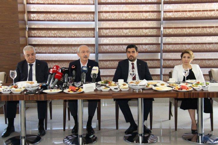 GGC Başkanı İbrahim Ay'dan Kılıçdaroğlu'na yerel basın dosyası