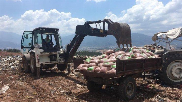 Osmaniye'de bin 175 kilo kavrulmuş fıstık imha edildi