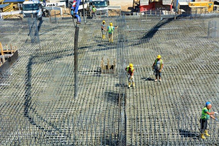 Aliağa Mesleki ve Çevresel Hastalıklar Hastanesi inşaatında yoğun mesai