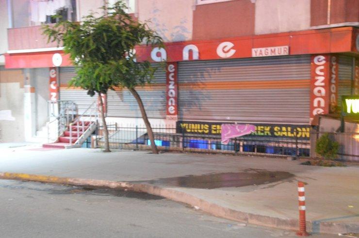Sultangazi'de alacak-verecek kavgası kanlı bitti: 1 ölü, 2 yaralı
