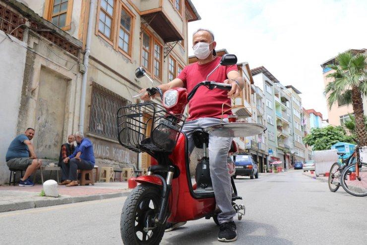 Bisikletli çaycı motosiklete geçti