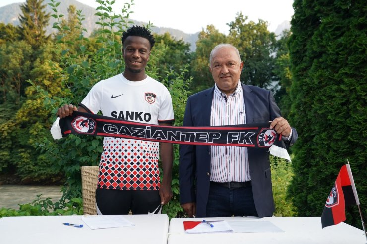 Gaziantep FK., Hamza Mendyl'i transfer etti