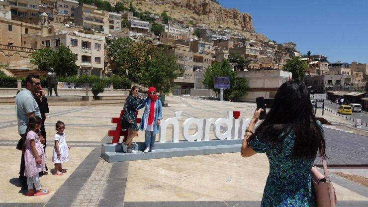 Mardin'e hafta sonu turist akını