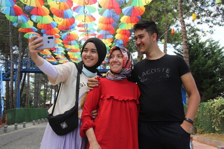 Gerze'nin rengarenk sokağı turistlerin özçekim mekanı