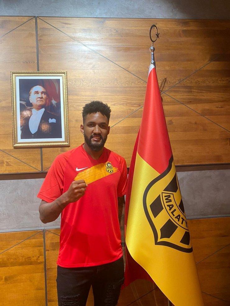 Yeni Malatyaspor'da karantinası biten Wallace antrenmanlara başlayacak