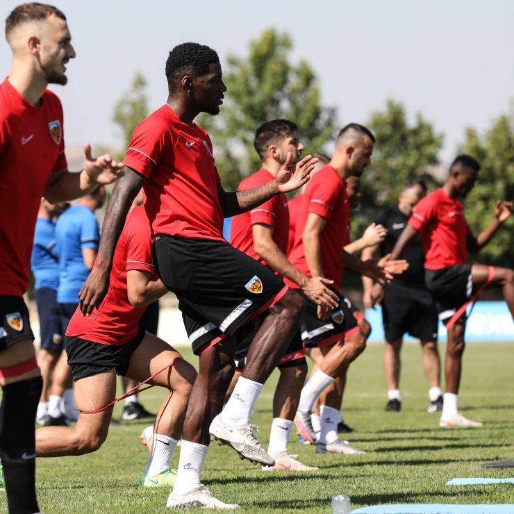 Kayserispor'un yeni sezon formaları görücüye çıkıyor