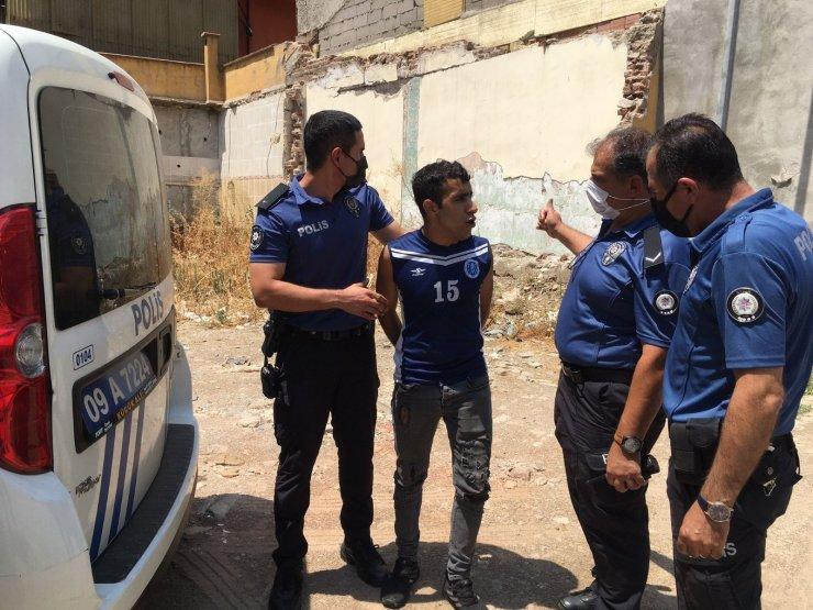 Hırsızlık için girdiği apartmanın çatısında kıskıvrak yakalandı