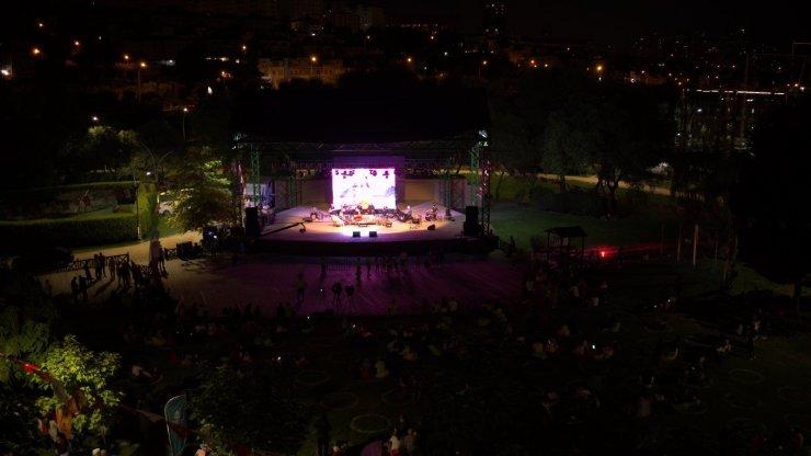 Başakşehir Akademi akustik ile müziğe doyacak
