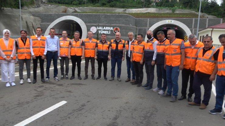 """Bakan Karaismailoğlu: """"Önümüzdeki günlerde İkizdere Tüneli ile Salarha Tüneli'nin açılışını Cumhurbaşkanımızın katılımı ile yapacağız"""""""