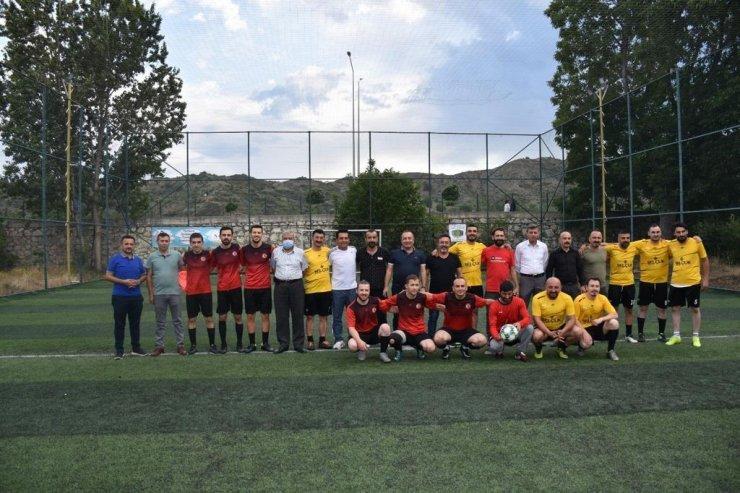 İskilip'te halı saha futbol turnuvası start aldı