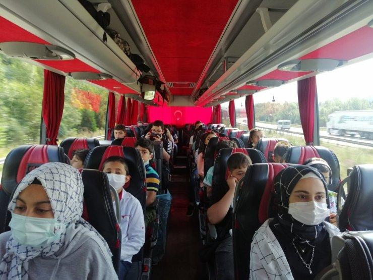 """""""Biz Anadoluyuz"""" projesi ile gençler İstanbul'a gitti"""