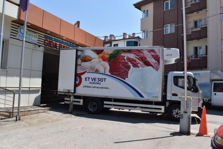 Kurban etleri ihtiyaç sahiplerine ulaştırılıyor