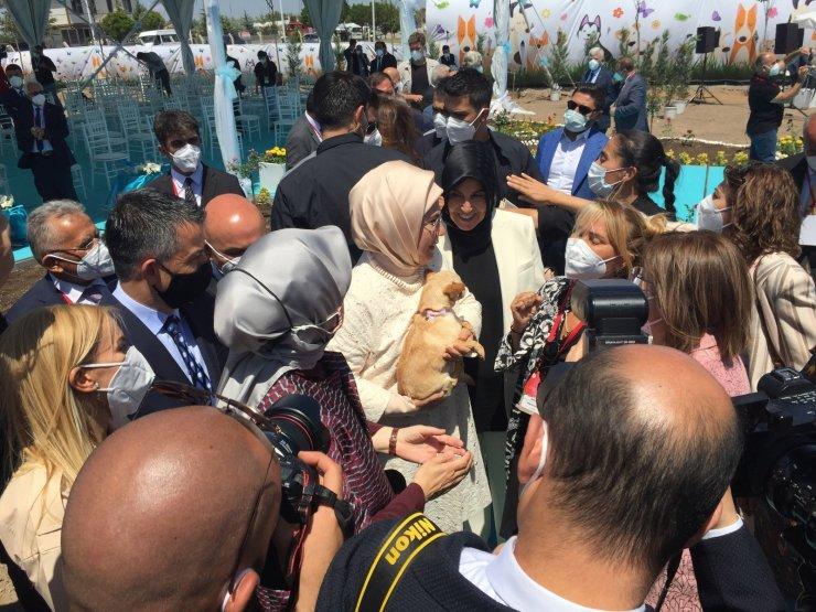 """Emine Erdoğan: """"Hayvanlara güzel muamele etmek için ihtiyacımız olan reçete medeniyet tecrübemizde vardır"""""""