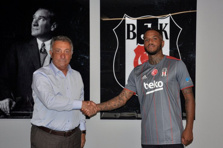 Beşiktaş, Valentin Rosier ile sözleşme imzaladı