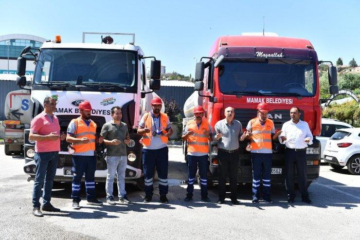 Mamak Belediyesi'nden yangınzedelere mobilize yardım