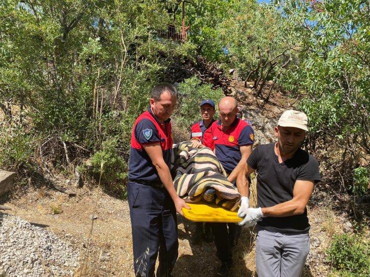 Antalya'da felçli kadını Ordu ekibi tahliye etti
