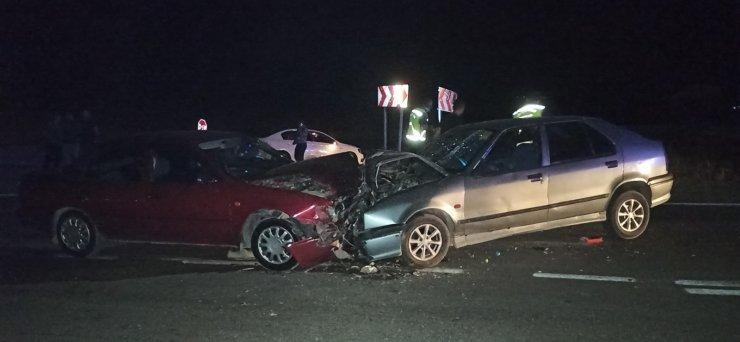 Kahramanmaraş'ta otomobiller çarpıştı: 9 yaralı