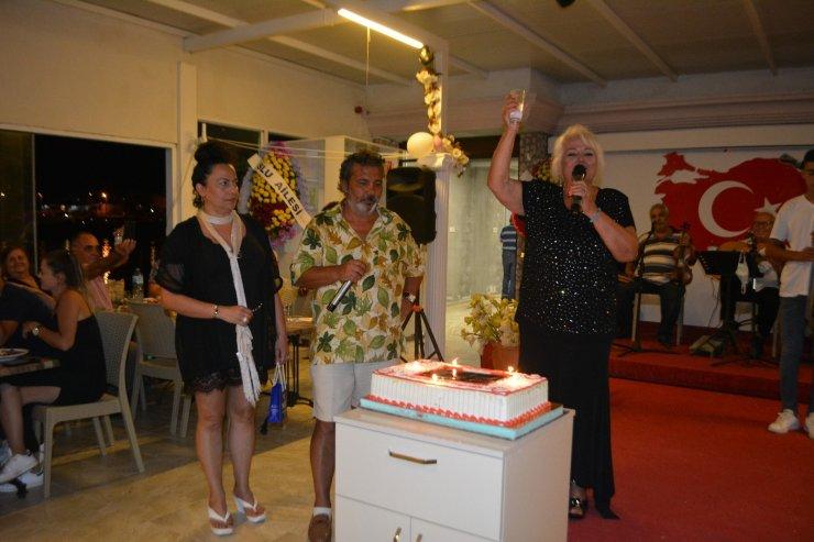 Dev sanatçı Ela Altın'a anlamlı doğum günü kutlaması