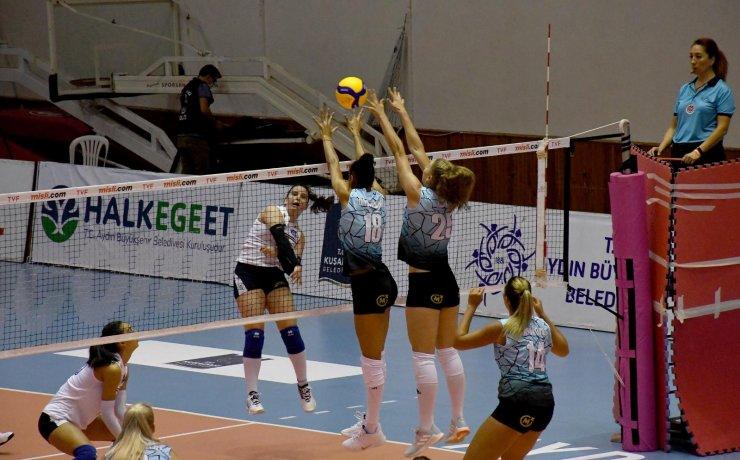 Kuşadası'nda Balkan Şampiyonası heyecanı başladı