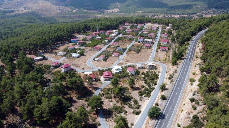 Tarsus'ta yol yapım çalışmaları sürüyor