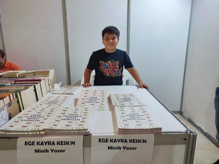 Samandağ''da kitap fuarının en küçük yazarı