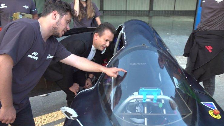 TEKNOFEST Elektrikli Araç Yarışları'nda 3 dalda ödül alan öğrencilere Başkan Yazıcı'dan özel destek