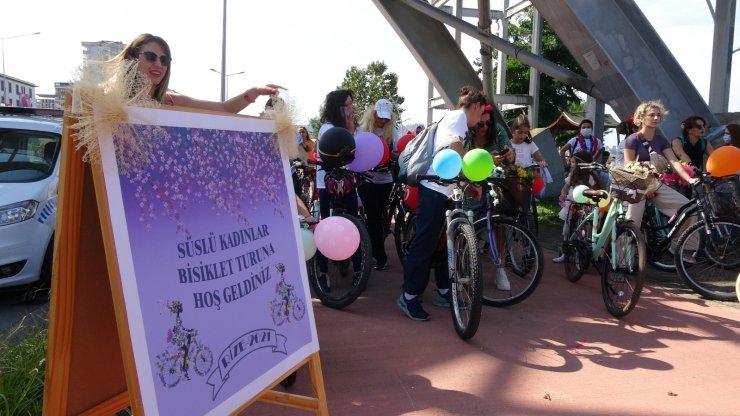 Süslü kadınlar topluluğu Rize'de pedal çevirdi