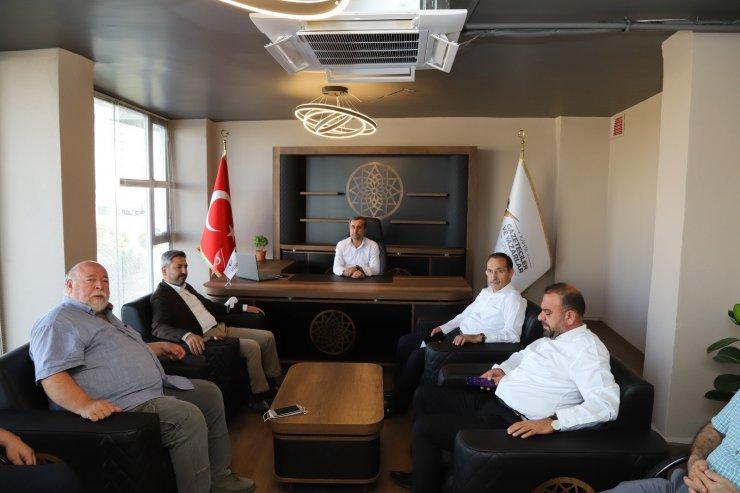 Milletvekili Aydın Kahta'da gazetecilerle bir araya geldi