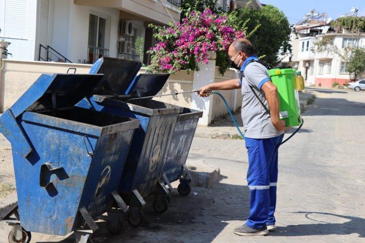 Nazilli'de çöp konteynerleri dezenfekte ediliyor