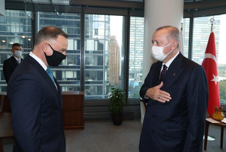 Cumhurbaşkanı Erdoğan, Polonya Cumhurbaşkanı ile bir araya geldi