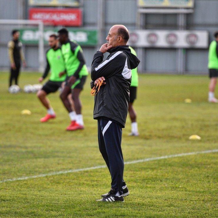 Bursaspor'da Ankaragücü maçı hazırlıkları 4 eksikle devam etti