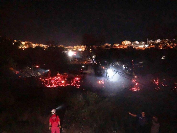 Bodrum'daki yangın fırtınaya rağmen kısa sürede söndürüldü