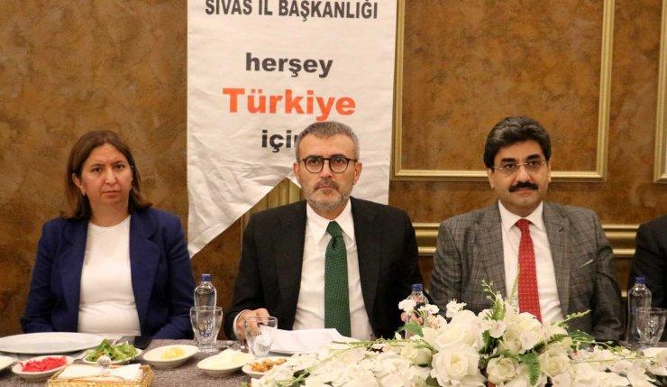 Mahir Ünal Sivas'ta STK temsilcileriyle bir araya geldi