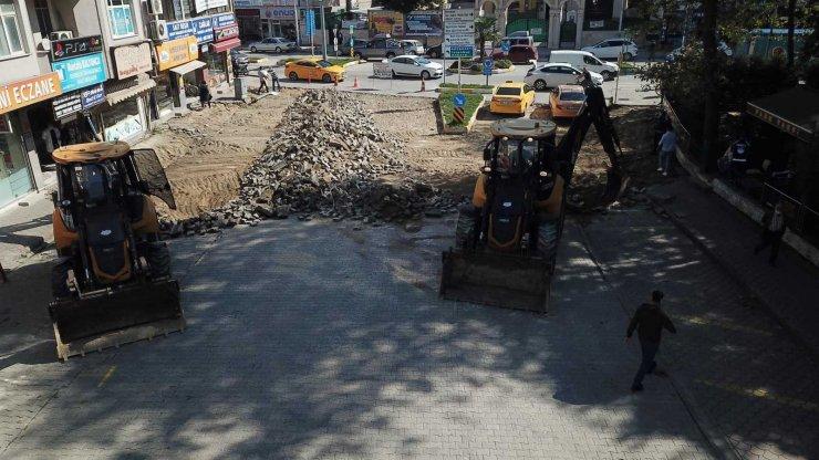 Akyazı'da cadde ve sokaklar yenileniyor