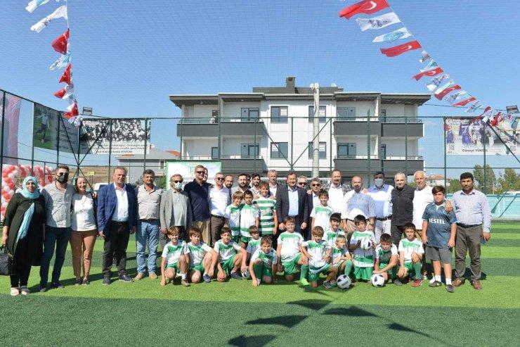 Kumbağ Yaşar Vardar Spor Tesisleri törenle hizmete açıldı