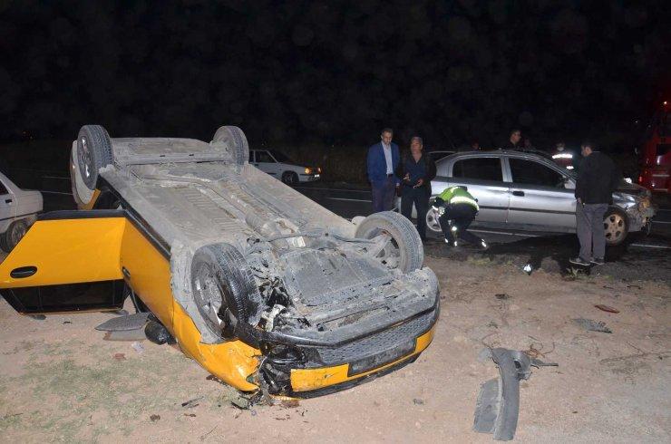 Elbistan'da zincirleme kaza: 2'si ağır 6 yaralı