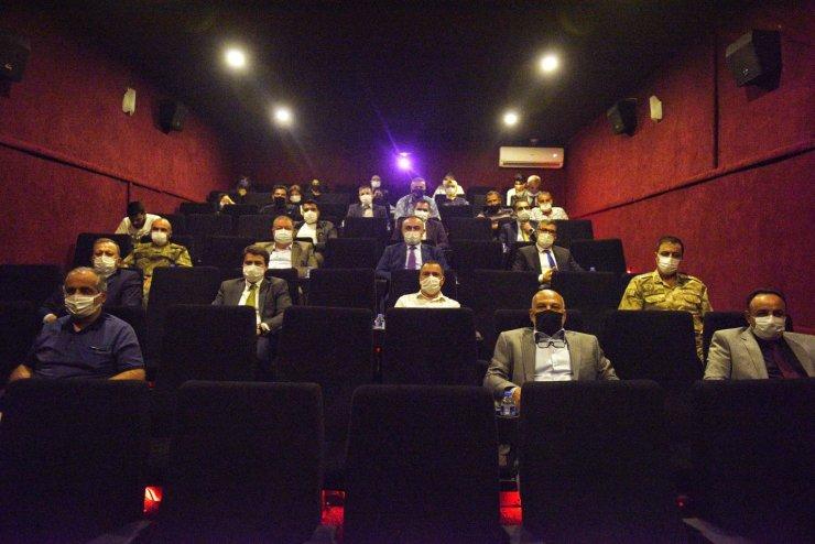 "Kilis protokolü ""Akif"" filmini izledi"