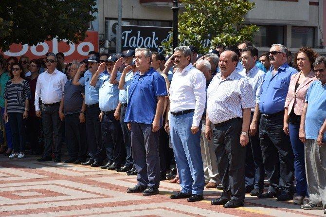 Nazilli'de demokrasi için tek yumruk oldu