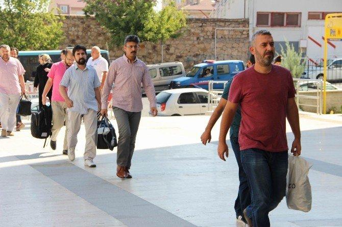 Nevşehir'de FETÖ/PDY'den 17 kişi adliyeye sevk edildi