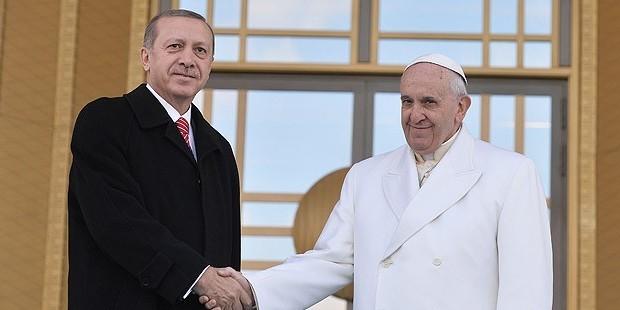 page_papa-1-francisi-cumhurbaskani-erdogan-karsiladi_494977184-1.jpg