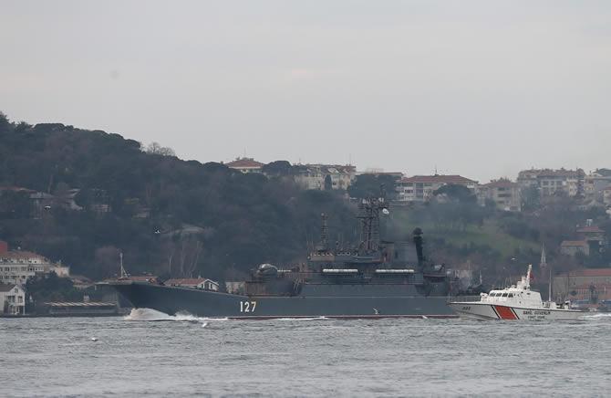 rus-savas-gemisi-manset-denizhaberajansi-5.jpg