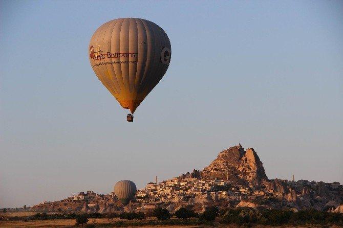 """KAPTİD Başkanı Dinler: """"Turistlere güvenli ülke imajını vermemiz gerekiyor"""""""