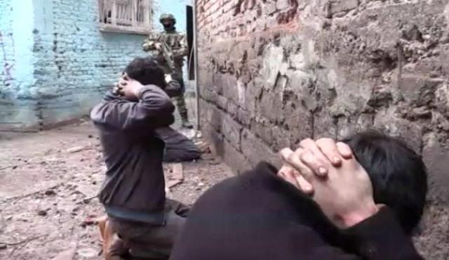 sur-da-3-teroristin-teslim-olma-ani-kamerada-8191087_5437_m.jpg