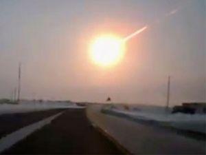 Rusya'ya Düşen Dev Meteorun Parçası